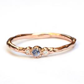 Minnie ring met saffier en diamant
