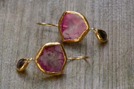 Earrings with bright pink tourmaline and diamond
