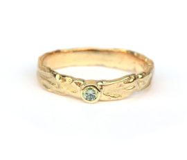 Schilderring met mintgroene diamant