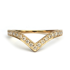 Chevron ring met diamanten