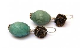 Oorhangers roosjes pyriet en groene druppels