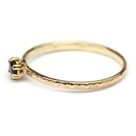 Fijne ring met saffier