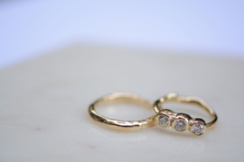 Trouwringenset van gerecycled goud en gerecyclede diamanten