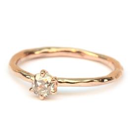 Ring met bolsjewiekdiamant