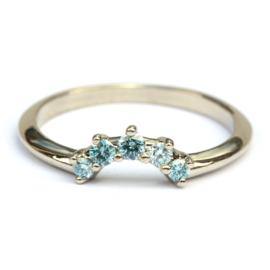 Stacking ring met ice blue diamanten