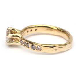 Ring Iris met natural brown diamant
