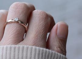 Trouwring takjesmodel met diamant