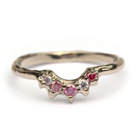 Evelyn stack ring met framboise diamanten