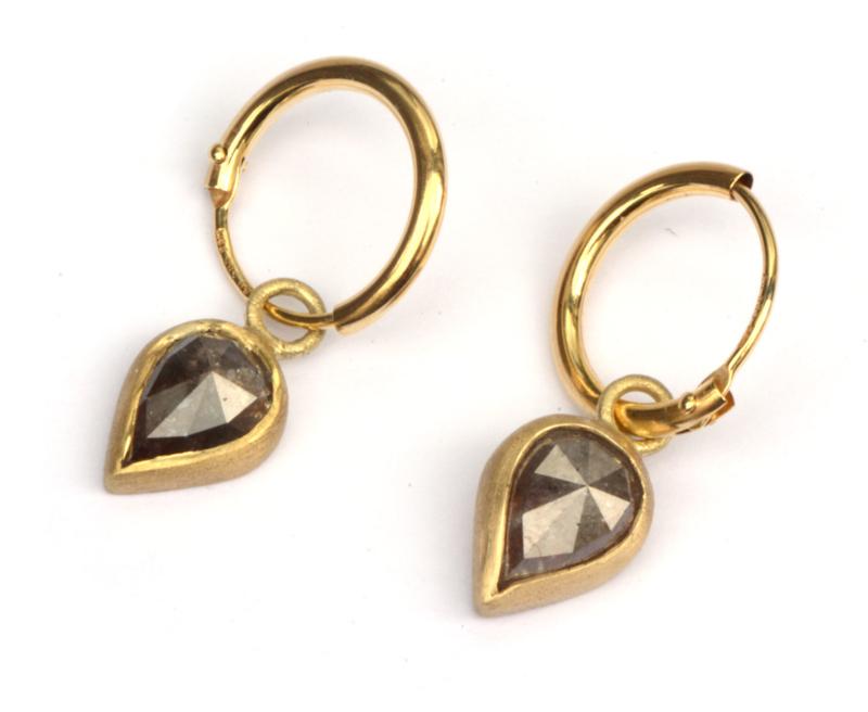 Creooltjes met druppeldiamant