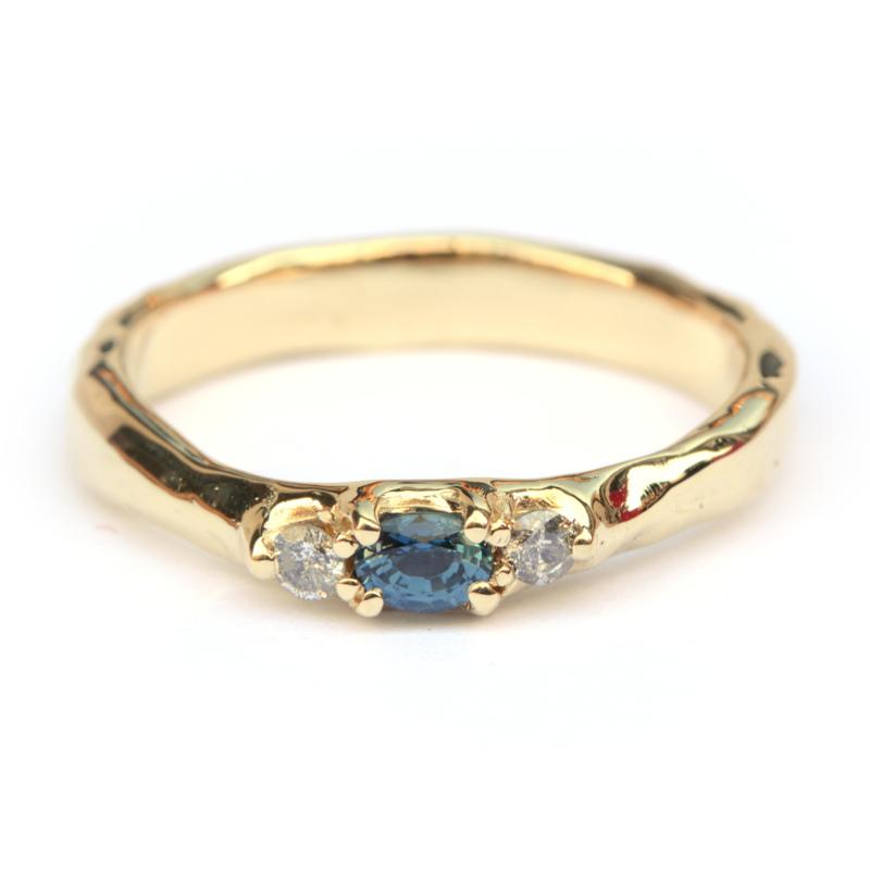Robuuste ring met saffier en diamant