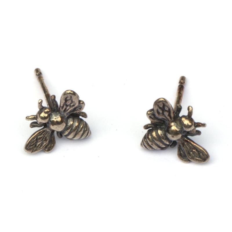 Zilveren bijtjes oorstekers