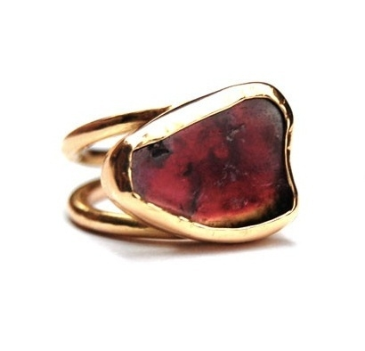 Gold ring with tourmaline. Reserved.