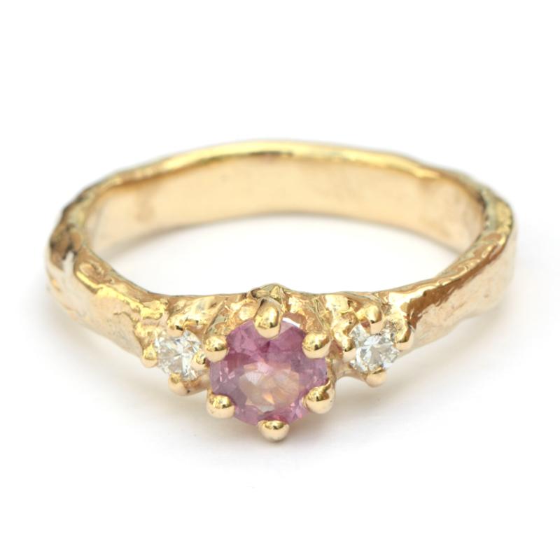 Ring Odile met roze saffier en diamant