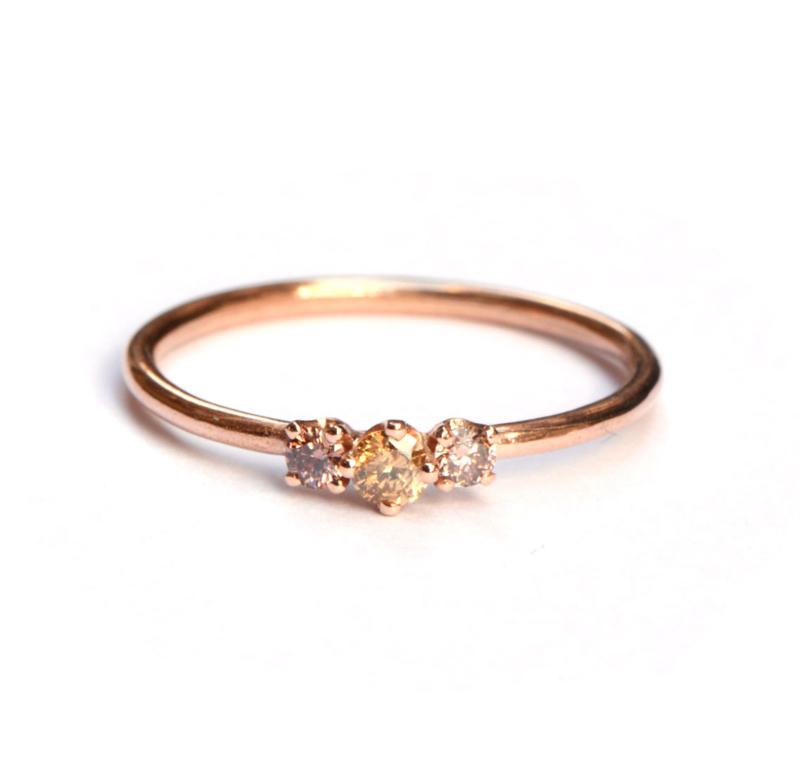 Roodgouden ring met cinnamon diamantjes