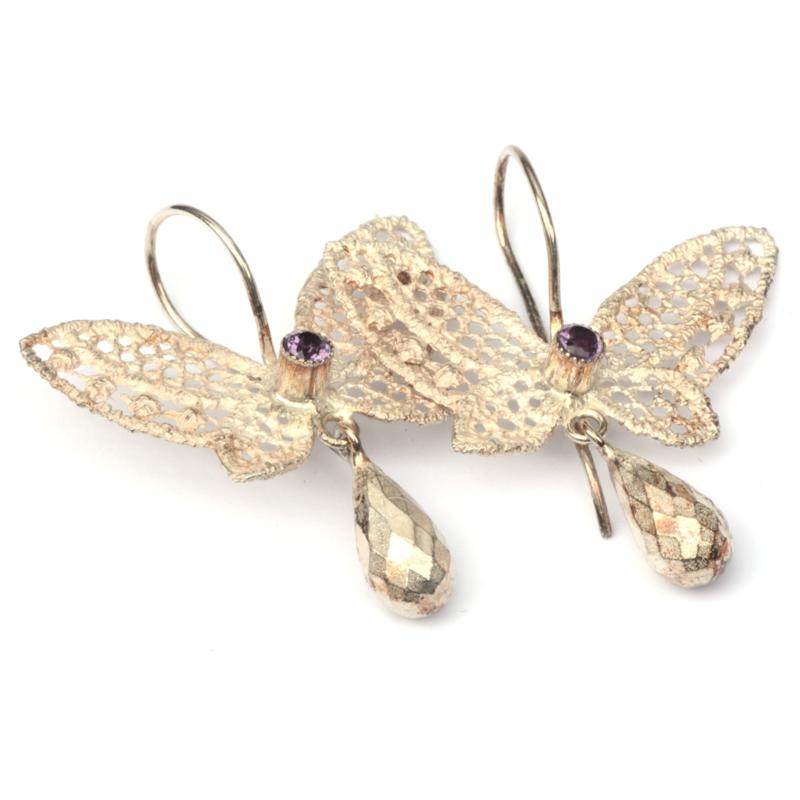 Vlinderoorhangers