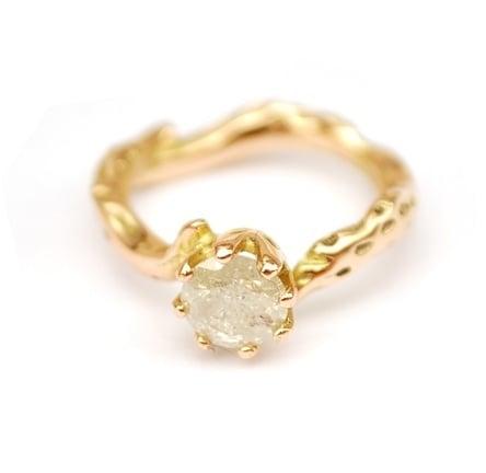 Rosegouden takjesring met ice diamant
