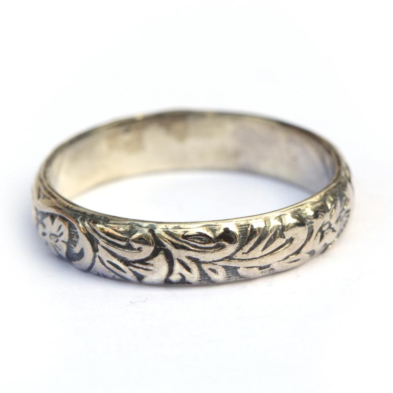 Bohemian ring in zilver