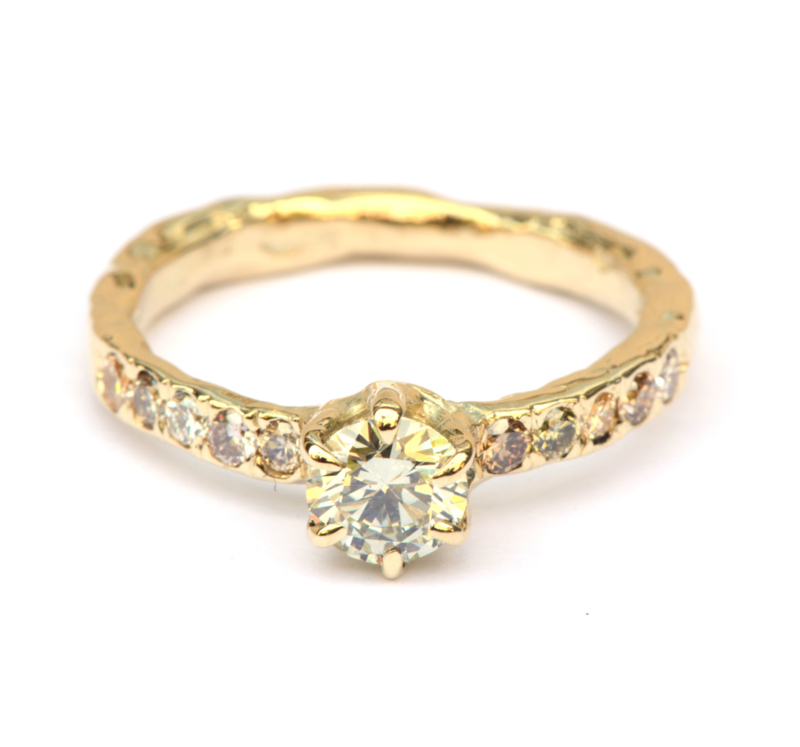 Sprankelende ring met light fancy diamanten