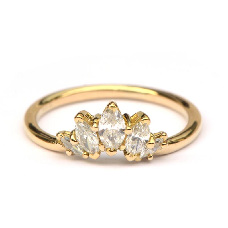 Ring met markiesdiamanten
