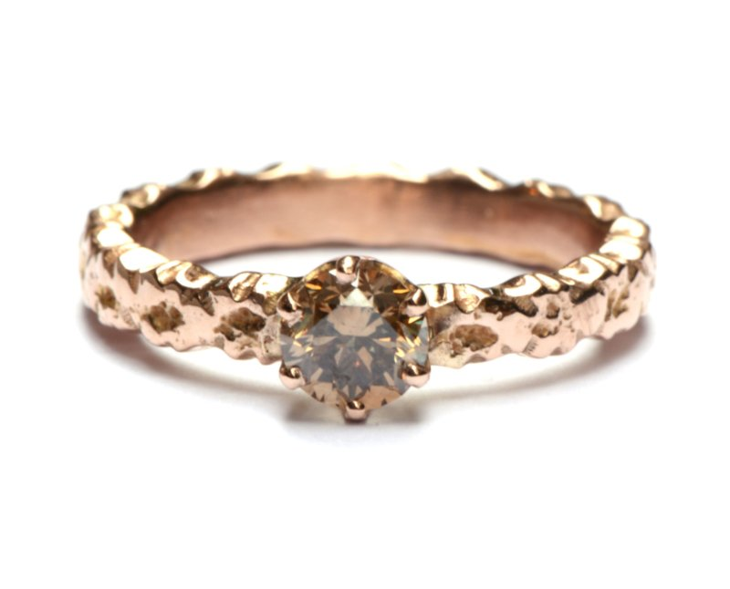 Rosegouden ring met chocolate diamant
