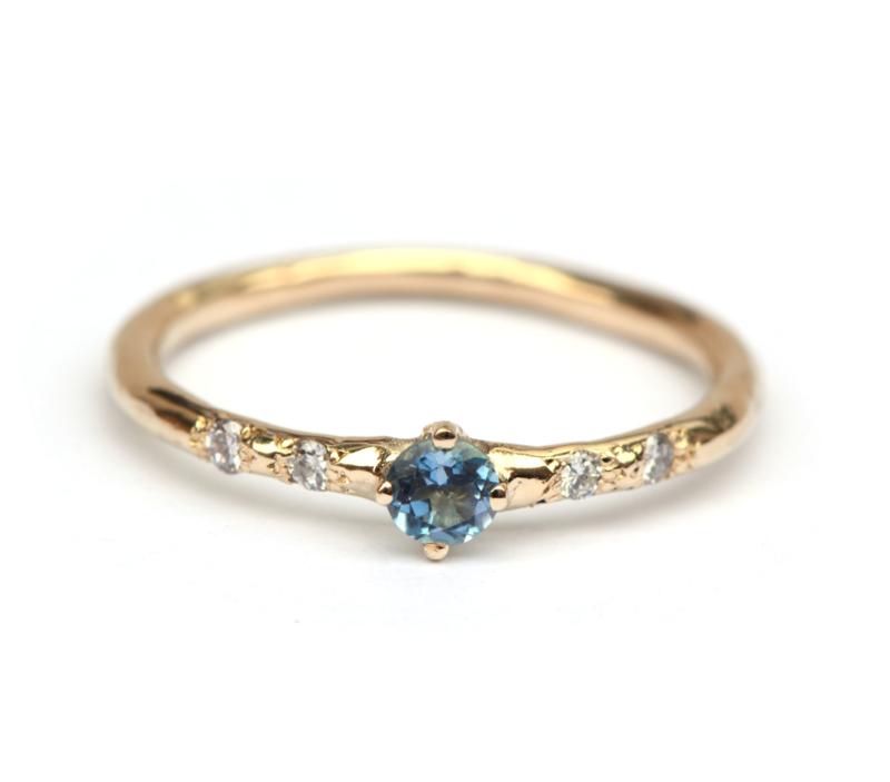 Ring met aquamarijn en diamantjes