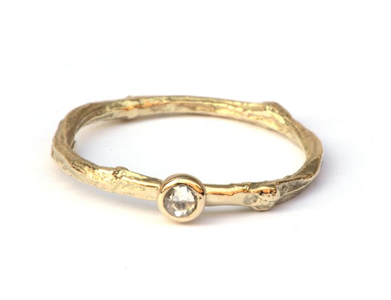 Ring Twiggy met roosdiamant