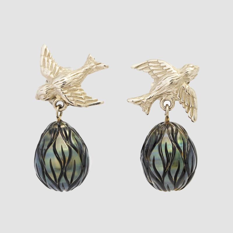 Zwaluw oorsieraden in witgoud met Tahiti parels