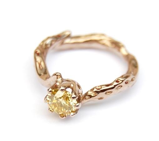 Witgouden diamantring