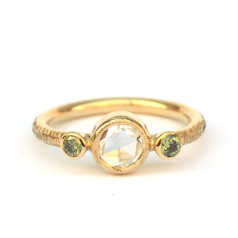 Green happiness ring