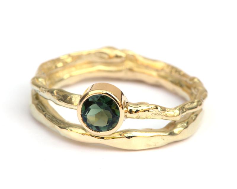 Unieke ring met groene toermalijn