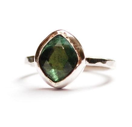 Ring voor Sarah