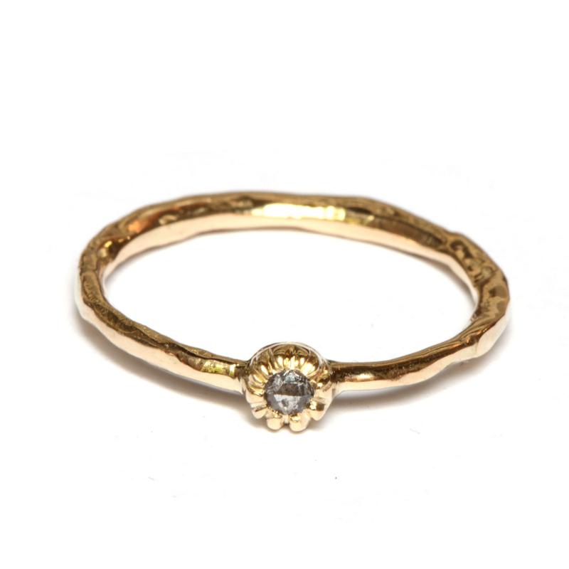 Ring met salt & pepper diamant