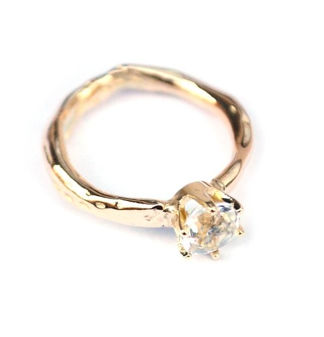 Ring voor Sharon