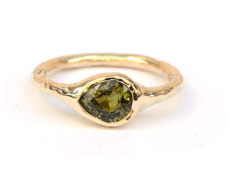 Stoere ring met groene toermalijn