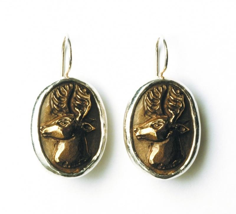 Bronzen hertenoorhangers