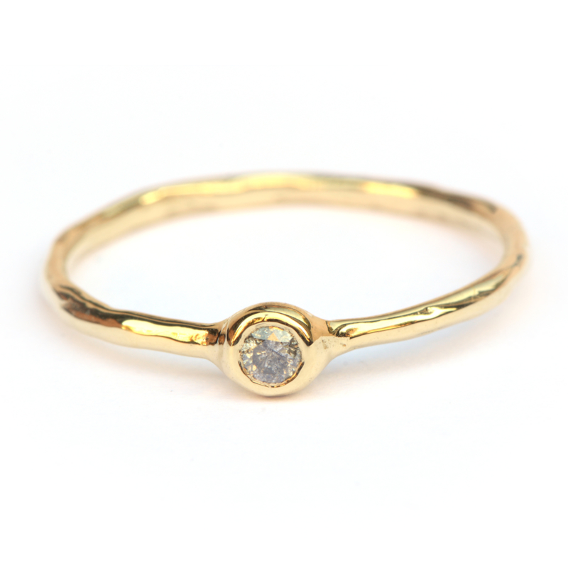 Millie ring met salt & pepper diamant