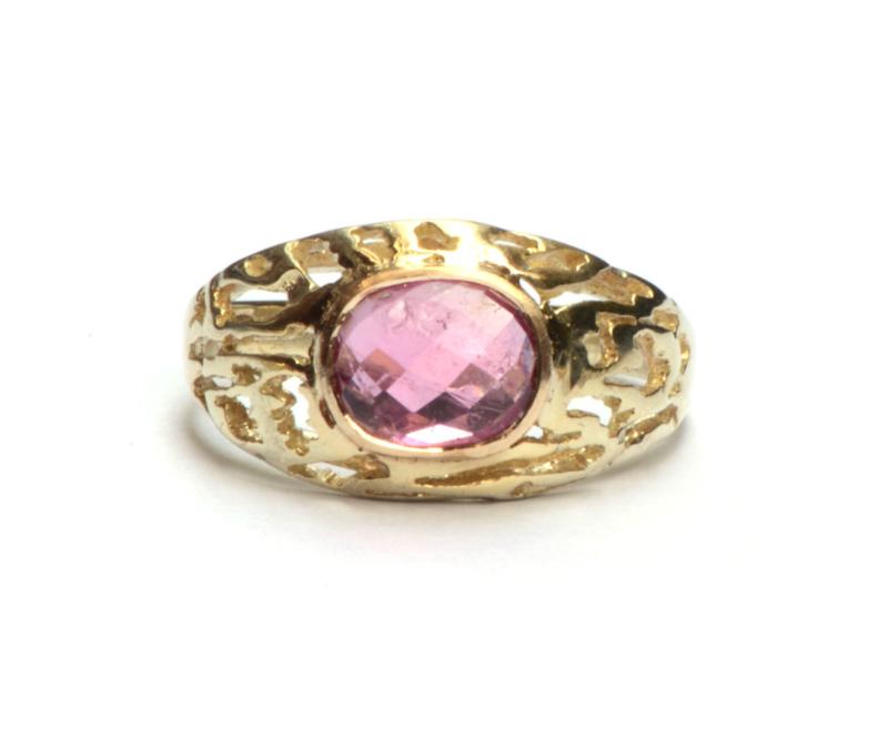 Ring met roze toermalijn