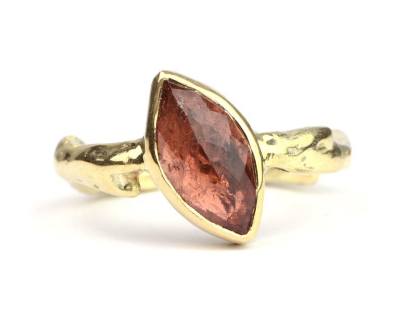 Ring met oranjeroze toermalijn
