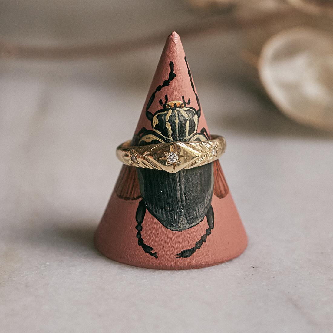 Ring cone by Rosa de Weerd