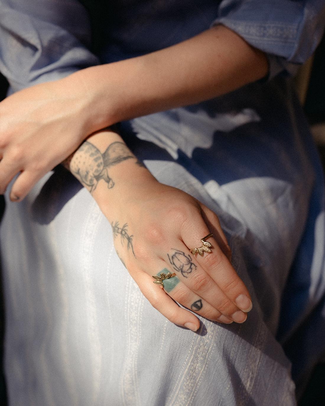 Rosa's artist hands