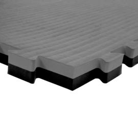 Sportmatte / Gymnastikmatte 4 m² (2 cm dick) und doppelseitig