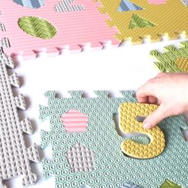 Spielmatte Nummern/Figuren (30 x 30 x 1,2 cm) (bunte) Farben oder Pastell