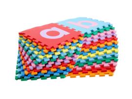 Spielmatte mit alphabetischen Buchstaben/ 26-teilig (30 x 30 x 1,2 cm)