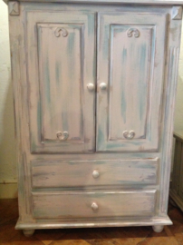 Vintage kastje, meidenkast pastel