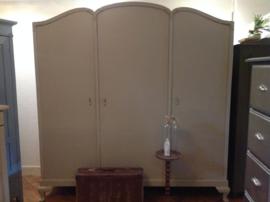 Antieke kledingkast XL, grote brocante hanglegkast