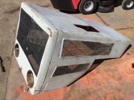 MB Trac motorkap