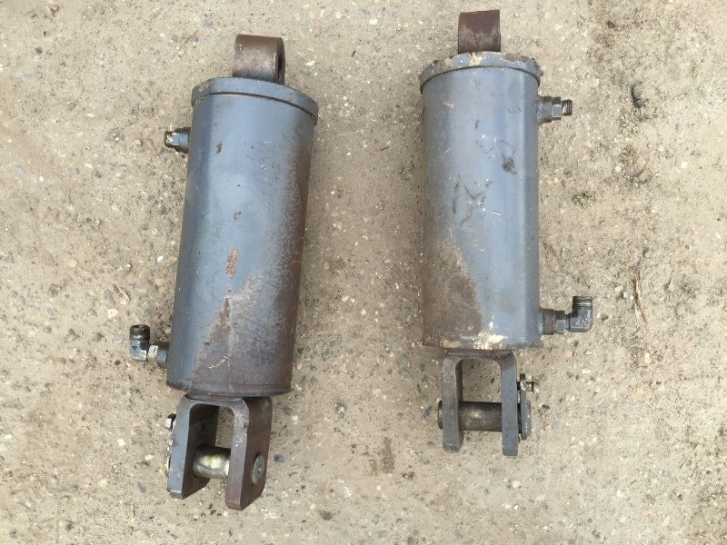 Hefcylinder G210 G240 8870 8970 New Holland