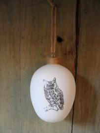 Kerstbal van glas met uil