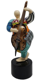 "Musician group ""Bass violin"""