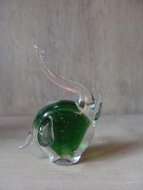 Olifantje van glas groen